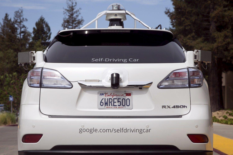 """""""Google"""" lenda į """"Uber"""" daržą"""
