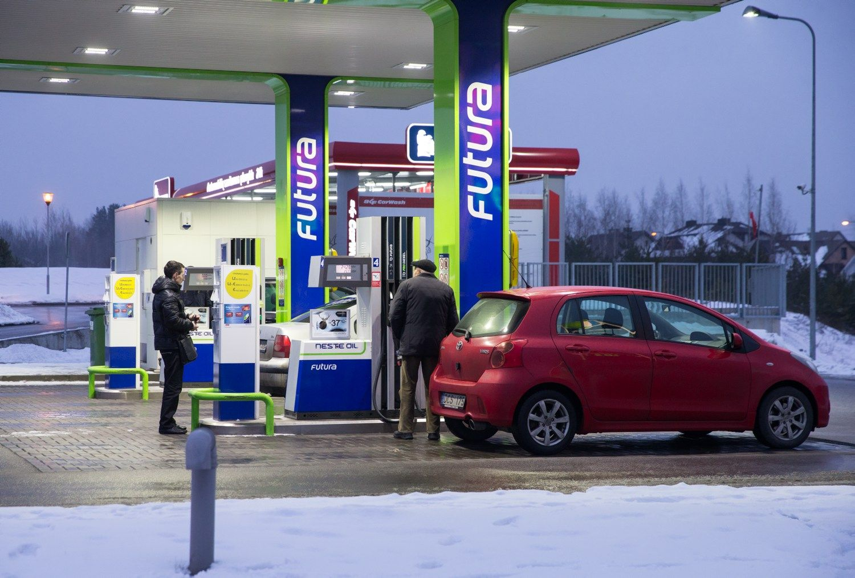 """""""Klaipėdos nafta"""" pasirašė ilgalaikę sutartį su """"Neste Lietuva"""""""