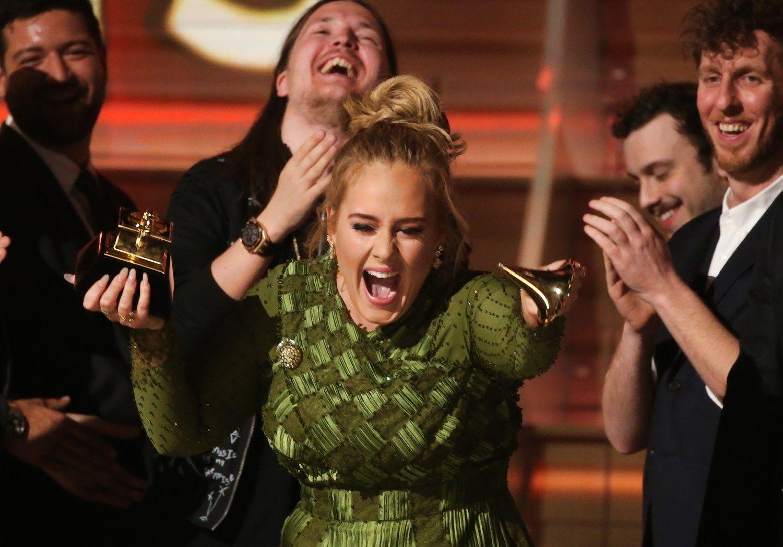 """""""Grammy"""" triumfavo Adele"""