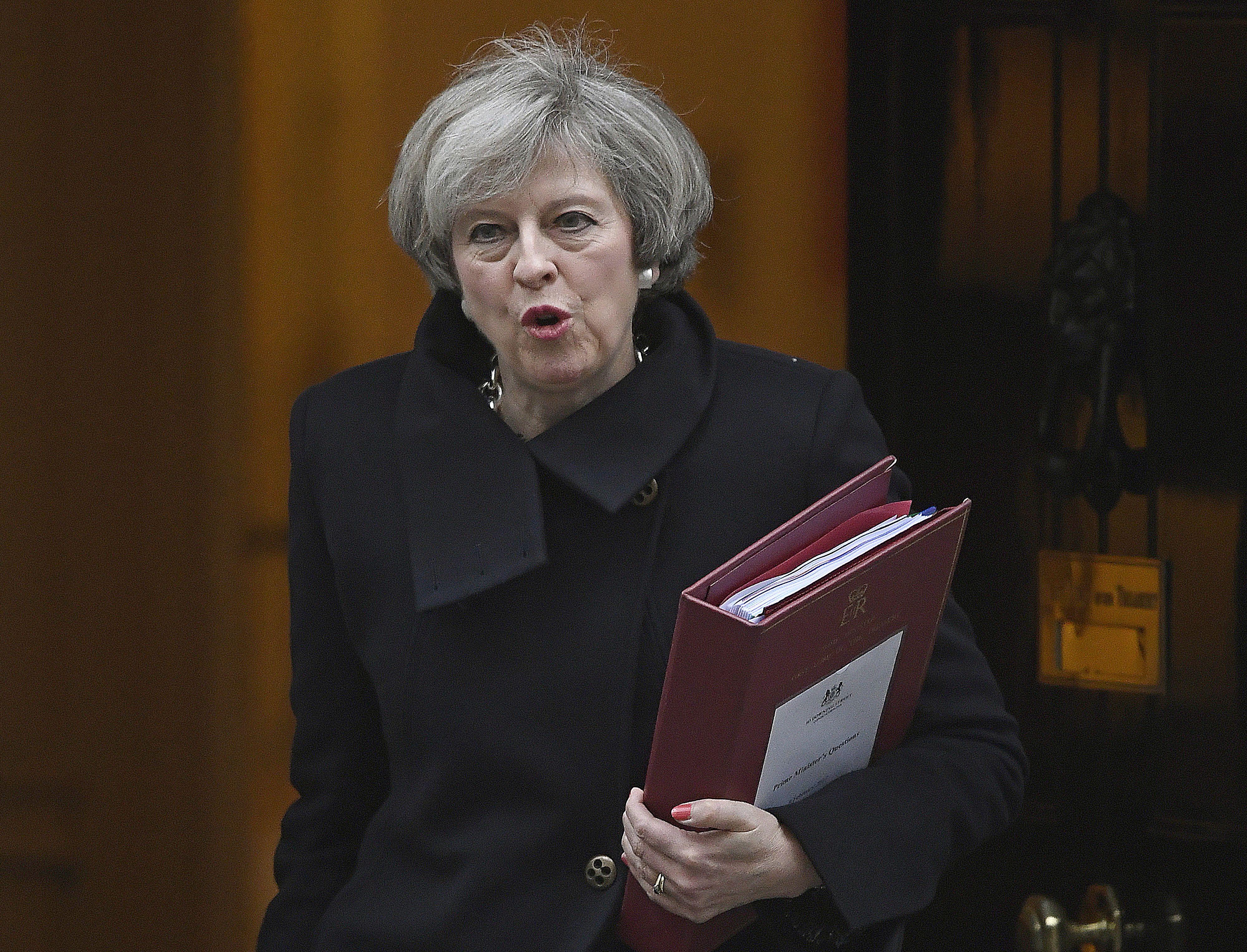 """""""Brexit"""" derybos artėja – daugėja nežinomųjų ir susierzinimo"""