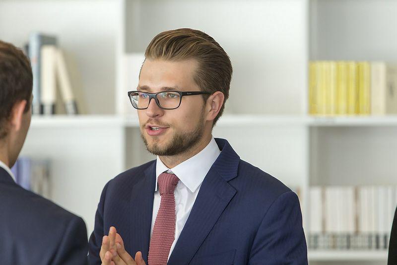 """Lukas Savickas, premjero patarėjas: """"Klausimus dėl Darbo kodekso, kurie šįkart buvo atidėti, po dviejų savaičių aptars jau atsinaujinusios sudėties Trišalė taryba."""" Juditos Grigelytės (VŽ) nuotr."""