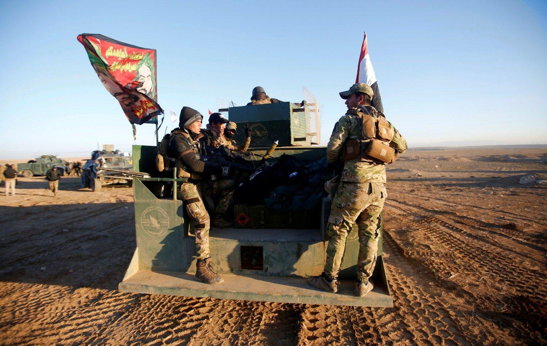 Irakas veržiasi į Mosulo vakarinę dalį
