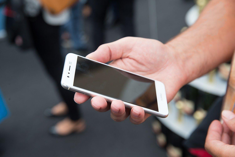 Daugėja išpirkos reikalaujančių kenkėjų, puolančių telefonus