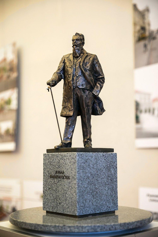 Išrinkta dr. Jono Basanavičiaus skulptūros idėja