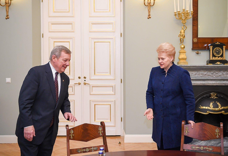 Grybauskaitė priėmė lietuviškų šaknų turintį JAV senatorių Durbiną