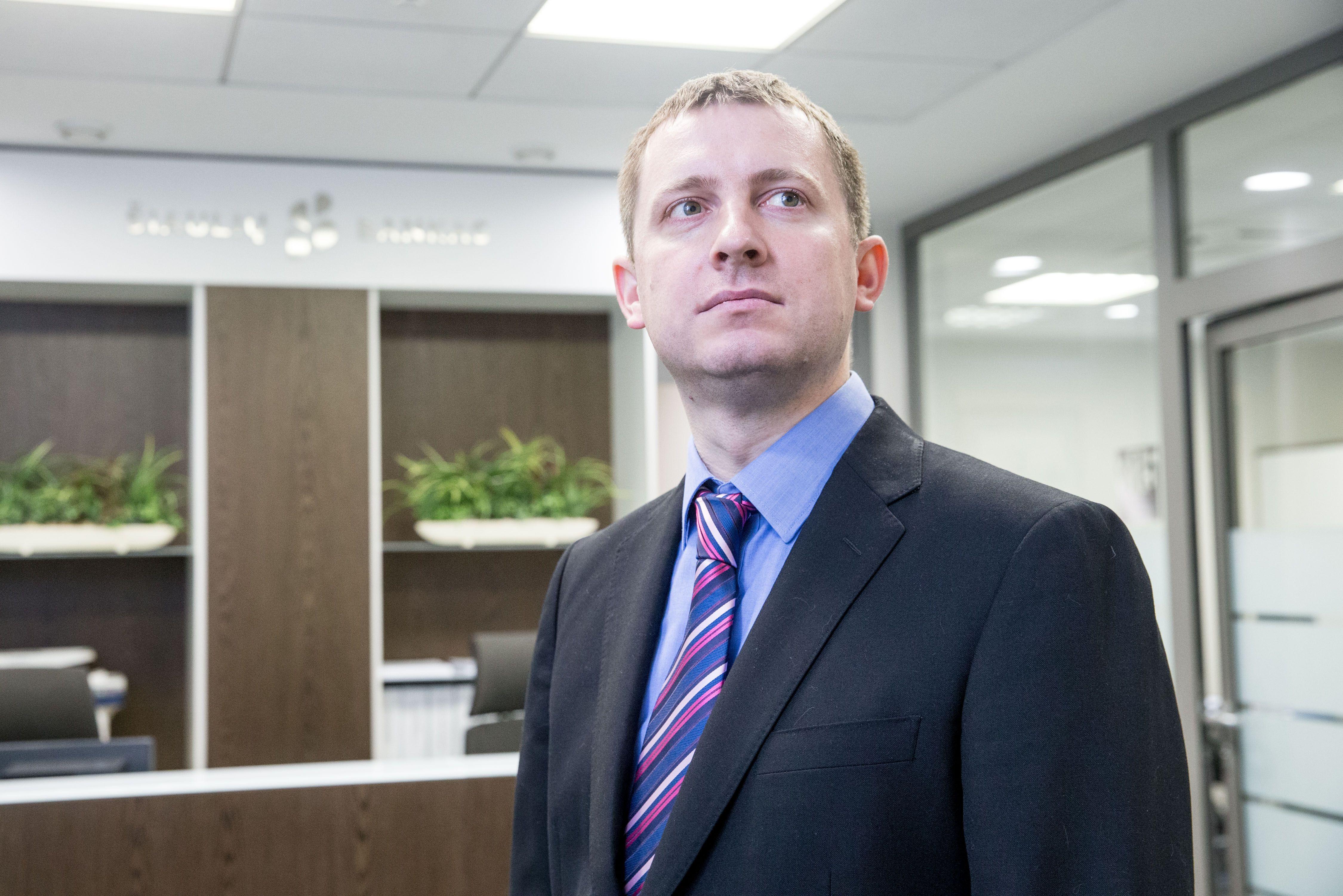 """""""Tallink"""" akcijos neatlaikė pasiūlos spaudimo"""