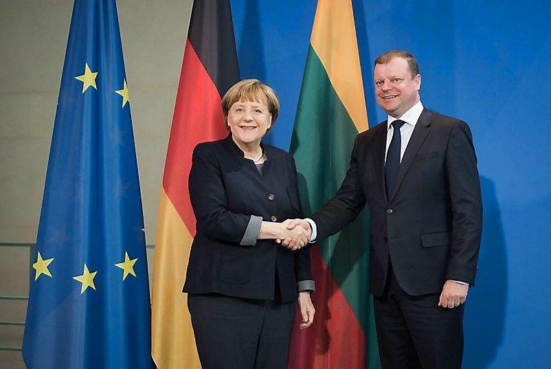 Merkel Skverneliui pažadėjo remti Lietuvą konflikte su Baltarusija