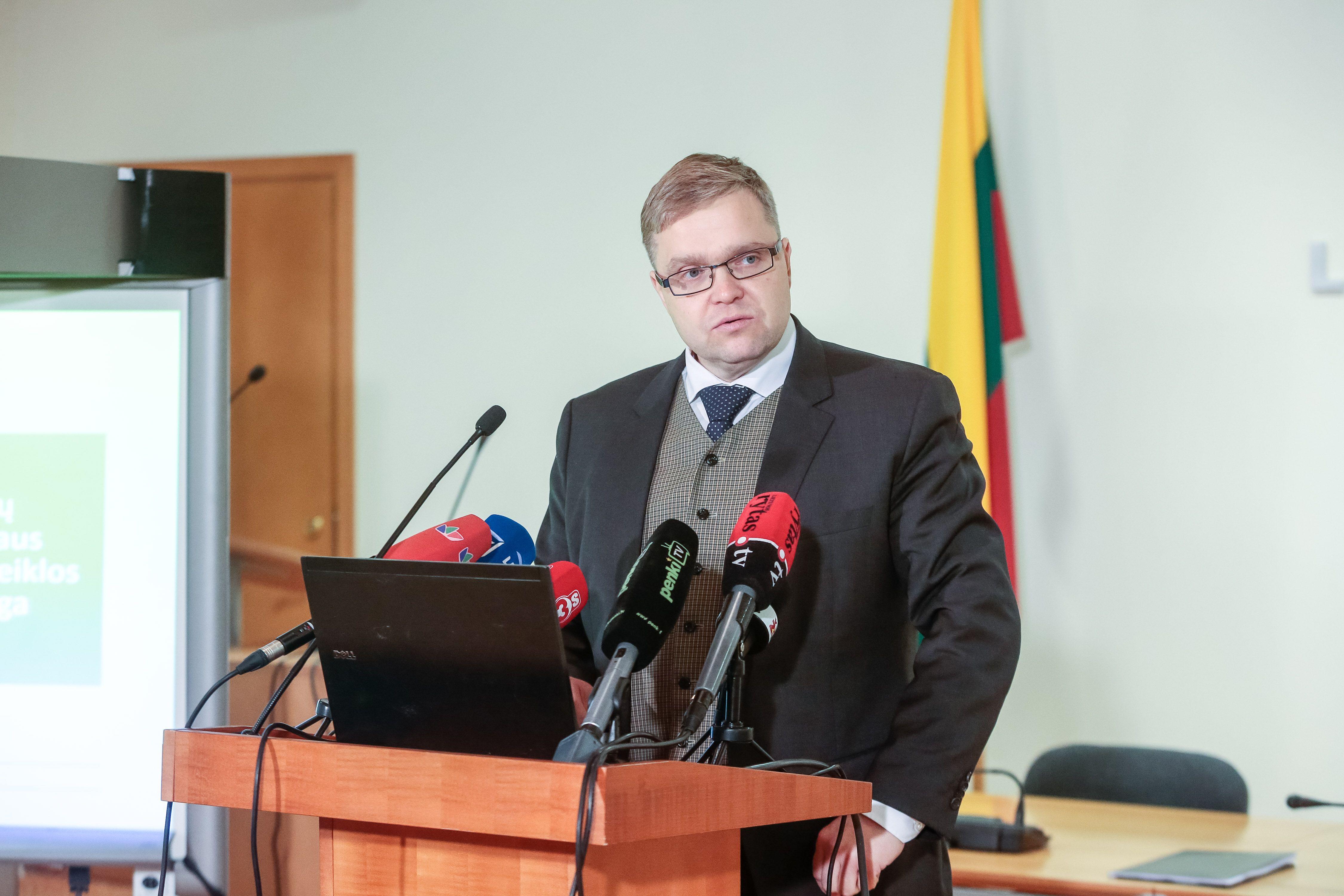Vasiliauskas: nemokamų pinigų bankams laikotarpis gali būti pratęstas