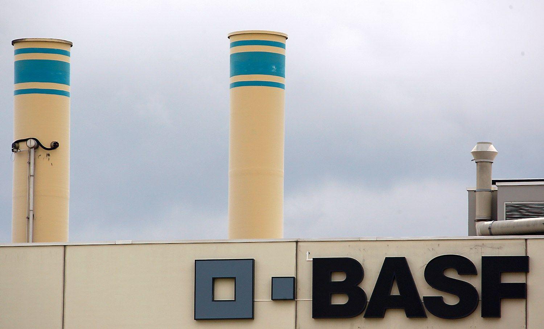 BASFketvirčio pelnas augo, bet2017 m.perspektyvos nuvylė