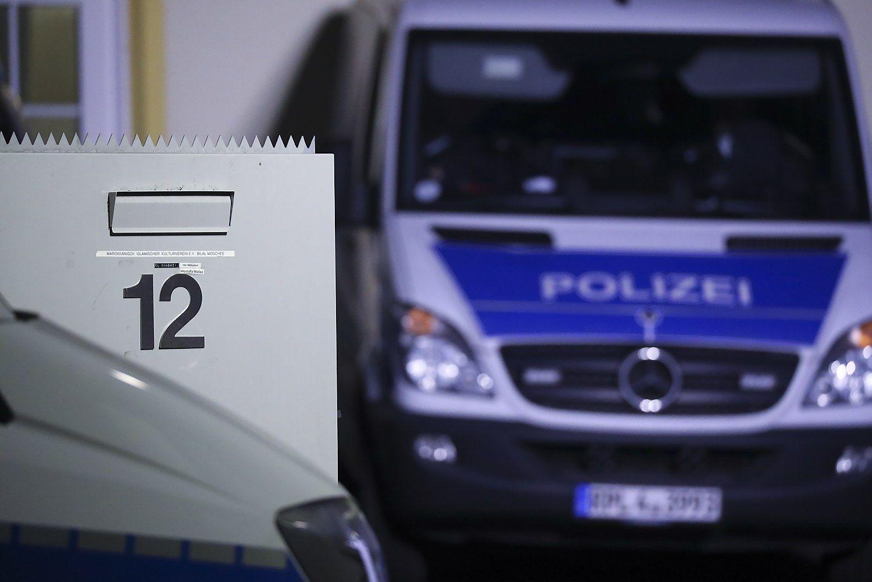 Vokietijoje vairuotojas įvažiavo į pėsčiuosius