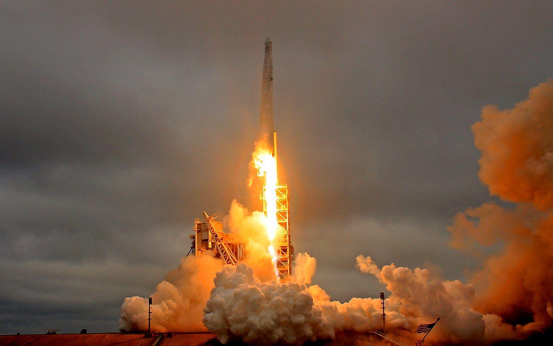 """Skrydisiki Mėnulio su """"SpaceX"""" – jau kitąmet"""