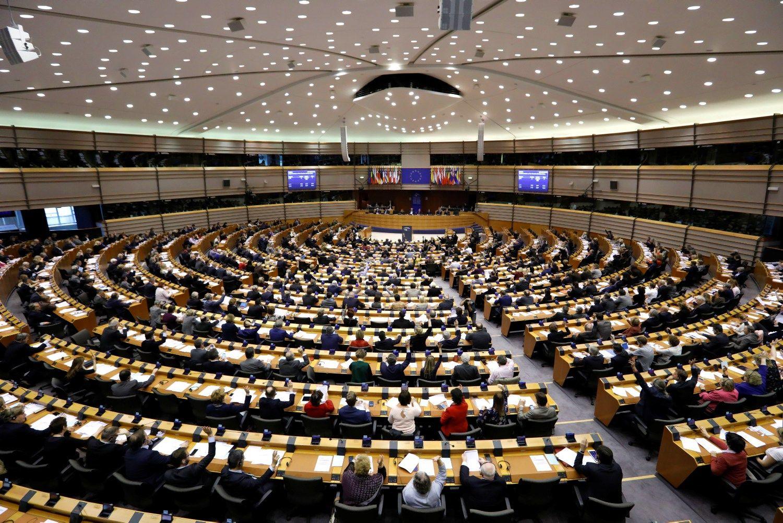 EP panaikino Le Pen teisinę neliečiamybę