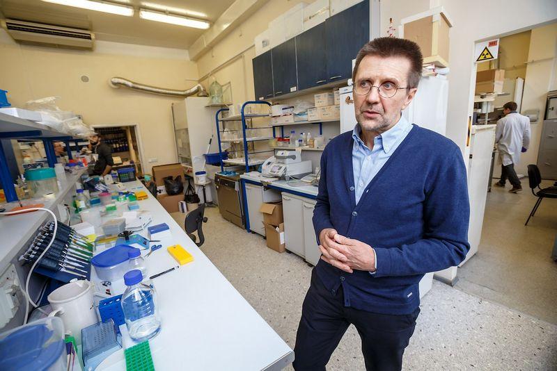 Virginijus Šikšnio mokslininkų komanda – viena iš laureačių. Vladimiro Ivanovo (VŽ) nuotr.