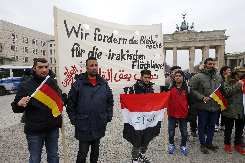 Pabėgėlių srautus Vokietija stabdys Marshallo planu Afrikai