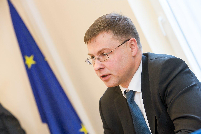 Interviu su Dombrovskiu: atidėliojamos reformos Lietuvą stumia į ES vidutiniokų suolą