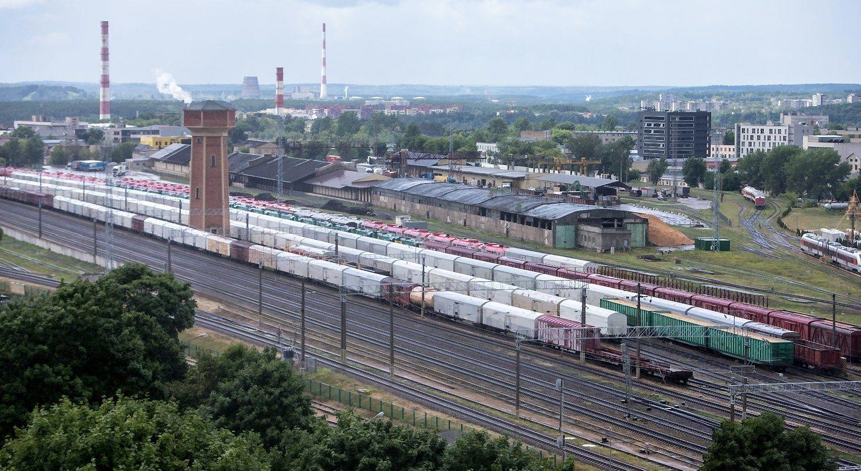 """""""Lietuvos geležinkeliai"""" pasirašė sutartį su """"DB Cargo Rail Polska"""""""
