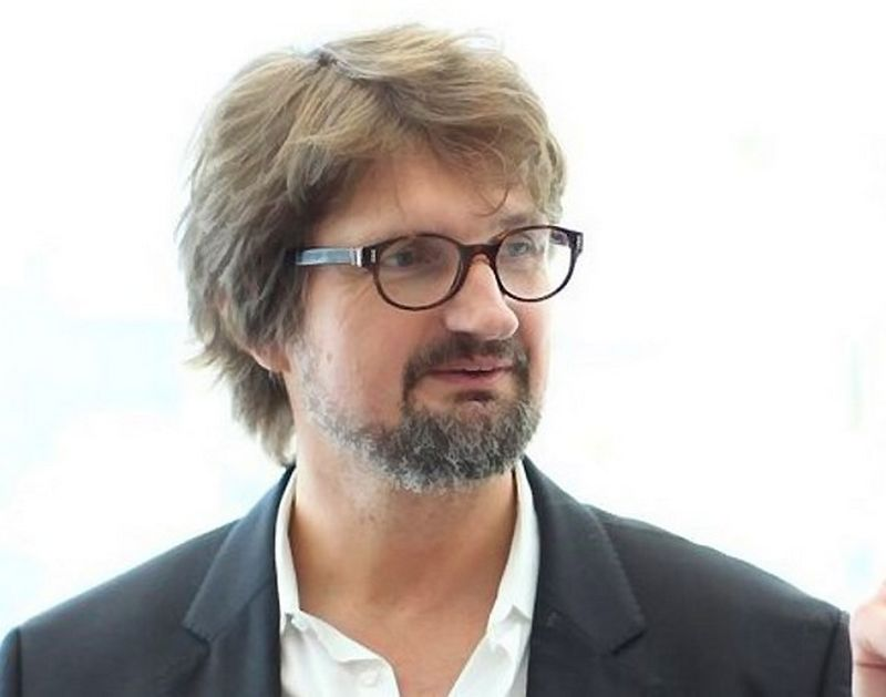 """Eriks Stendzenieks, vienos seniausių Latvijos kūrybinės reklamos agentūros """"!MOOZ"""" įkūrėjas ir kūrybos strategas."""