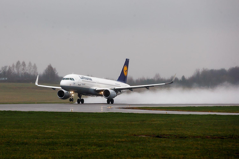 Verslas nori skrydžių į Vokietiją, Švediją ir Didžiąją Britaniją