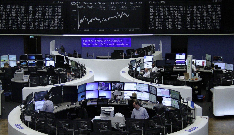 Šiaulių bankas toliau dreifuoja žemyn