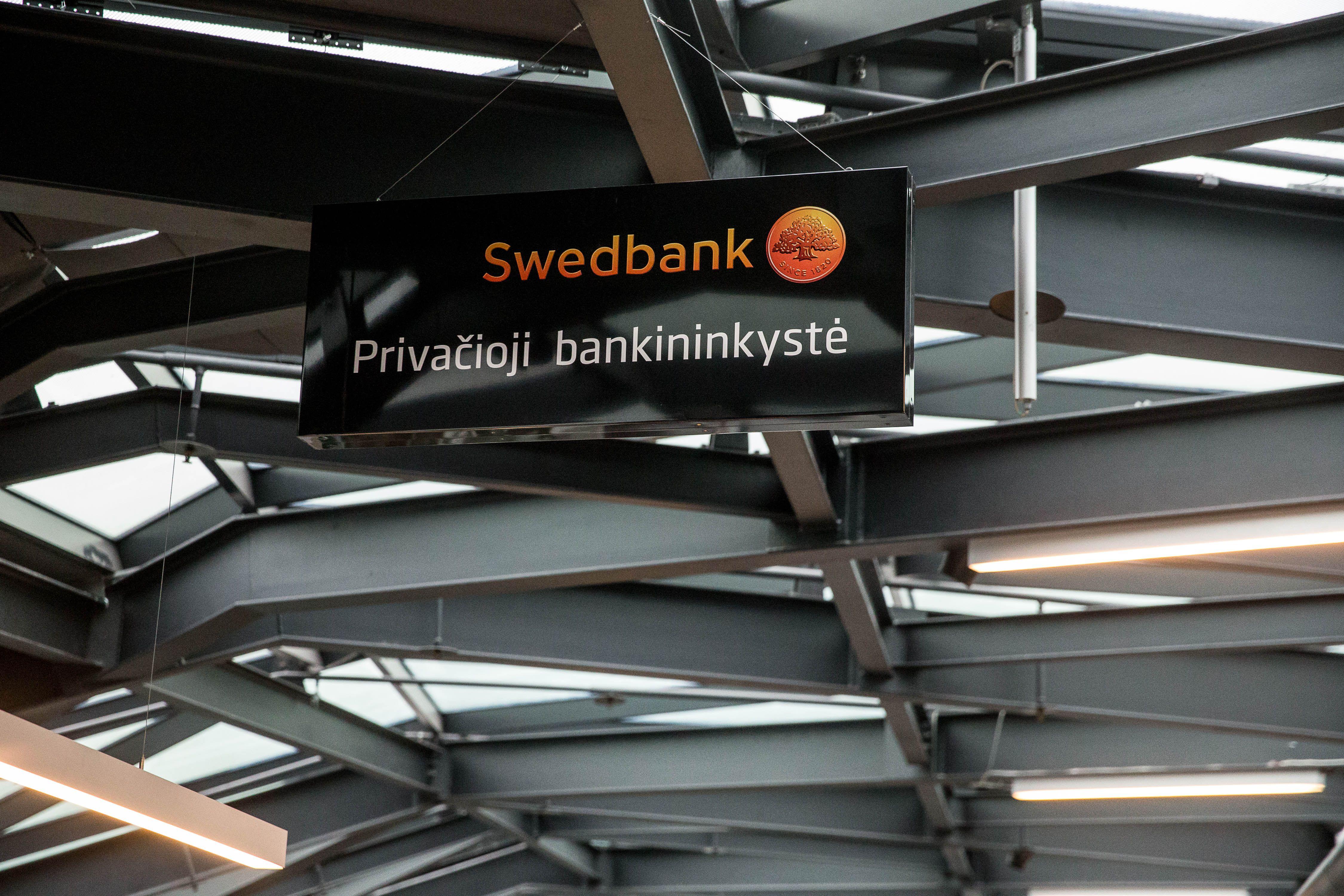 """Privačiosios bankininkystės užkulisiai: kaip VIP klientus aptarnauja """"Swedbank"""""""