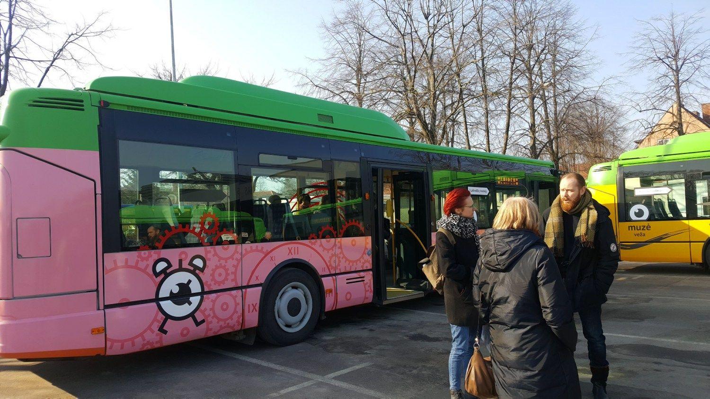 Į Klaipėdos gatves išriedėjo autobusai-muziejai