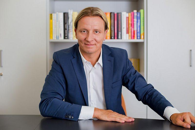 """Gediminas Sakalauskas, mokymų ir konsultacijų VšĮ """"Praeventi"""" įkūrėjas ir vadovas, buvęs VTEK Sekretoriato vadovas, yra dirbęs Specialiųjų tyrimų tarnyboje (STT), korupcijos prevencijos srityje. Artūro Steponavičiaus nuotr."""