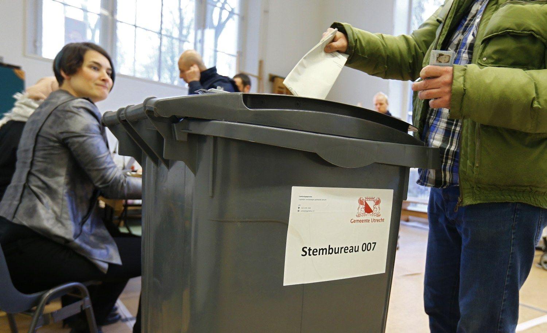 Olandai balsuoja Europos dėmesį kaustančiuose rinkimuose