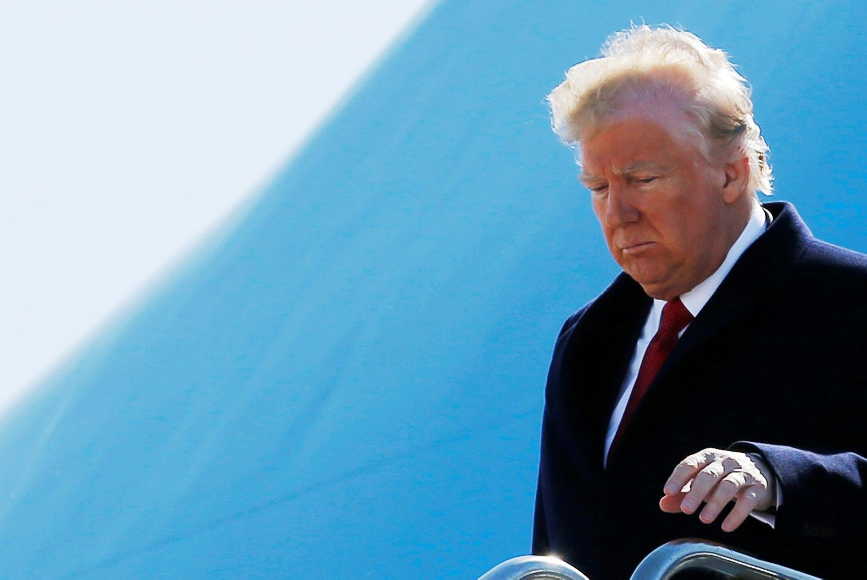 Maištas prieš Trumpą: draudimas atvykėliams vėl užblokuotas