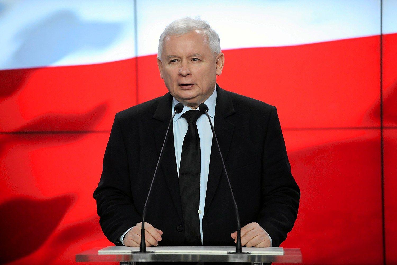 Lenkijos valdantieji žada neįvesti euro dar 10-20 metų
