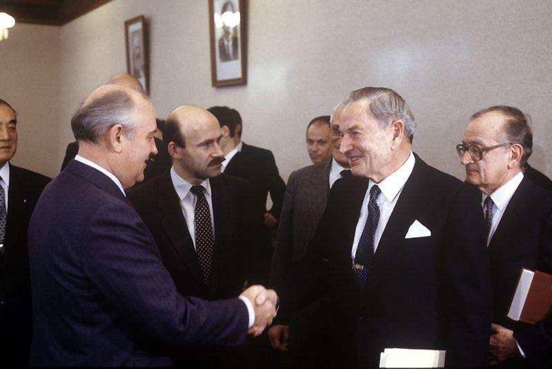 Michailas Gorbačiovas ir Davidas Rockefelleris 1989 m. Ria / Scanpix nuotr.