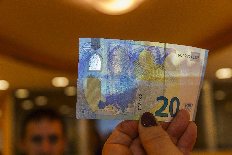 Vyriausybė pasiskolino dar 7,5 mln. Eur
