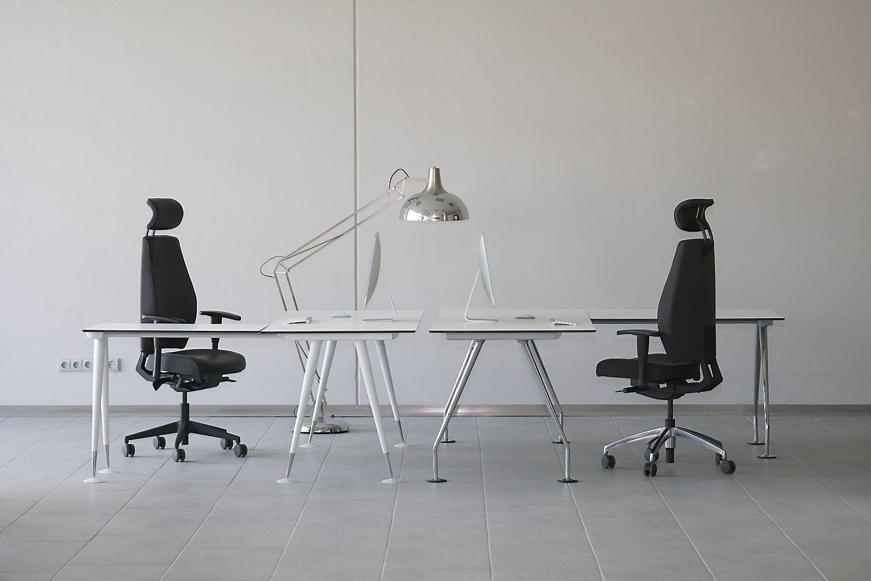 """""""Vadasiga"""" užtikrintai įžengė į biuro baldų rinką"""