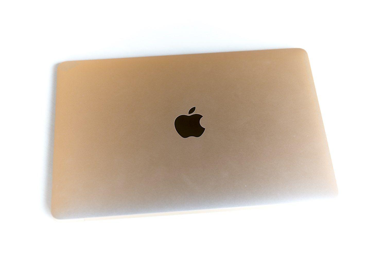 """Kinai suįžūlėjo: bandyta įregistruoti """"Apple"""" ženklą"""