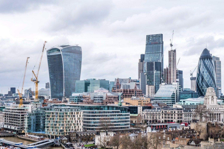 Frankfurtas laimi kovą dėl Londono Sičio bankų