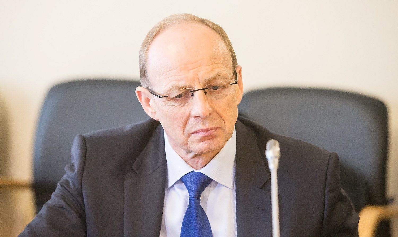 Miliaus atleidimo byloje į teismą kviečiami liudyti buvę ministrai