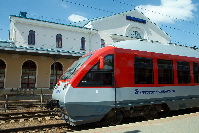 """Teismas: ne arbitražas turi spręsti dėl """"Orlen"""" milijoninių pretenzijų geležinkeliams"""