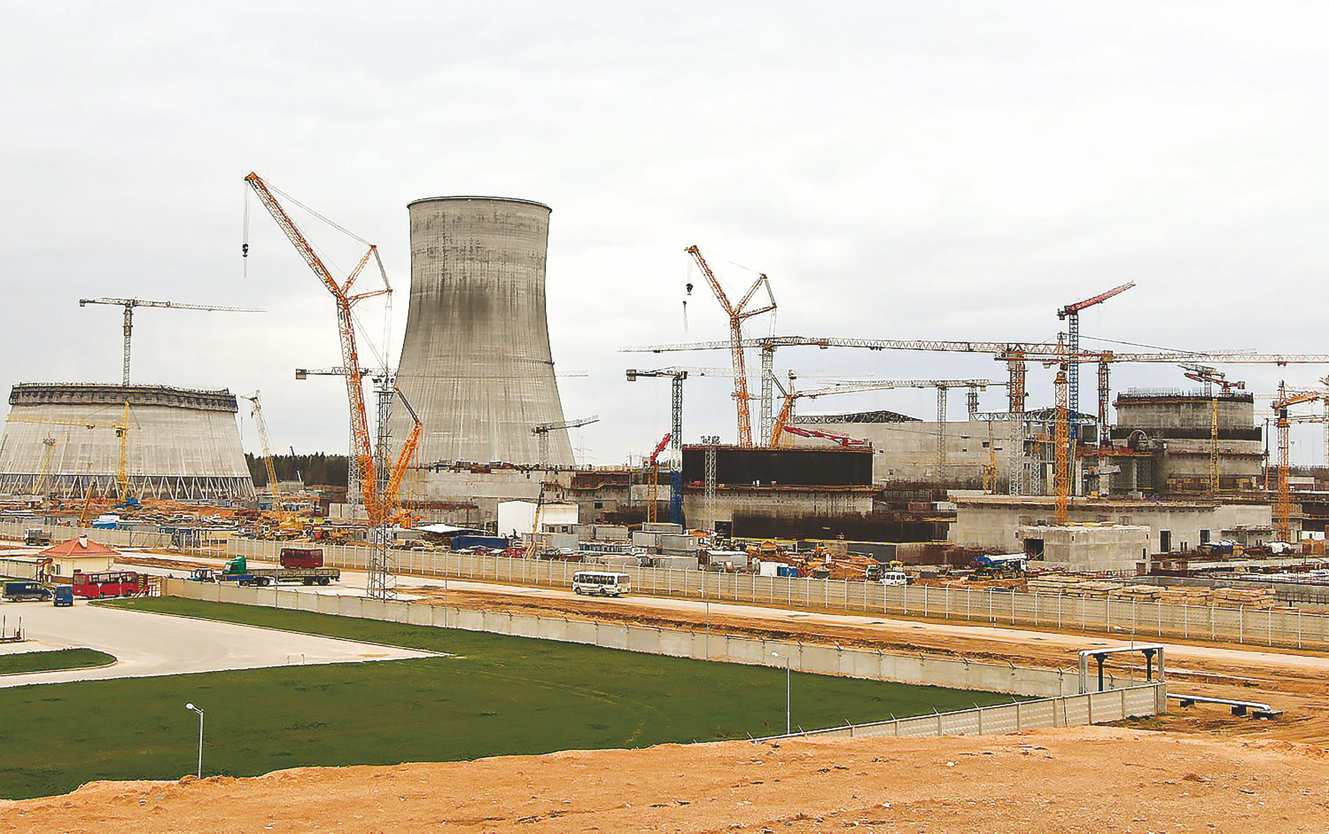 Atominė pašonėje: dabar Lietuvos paramos reikia Lenkijai