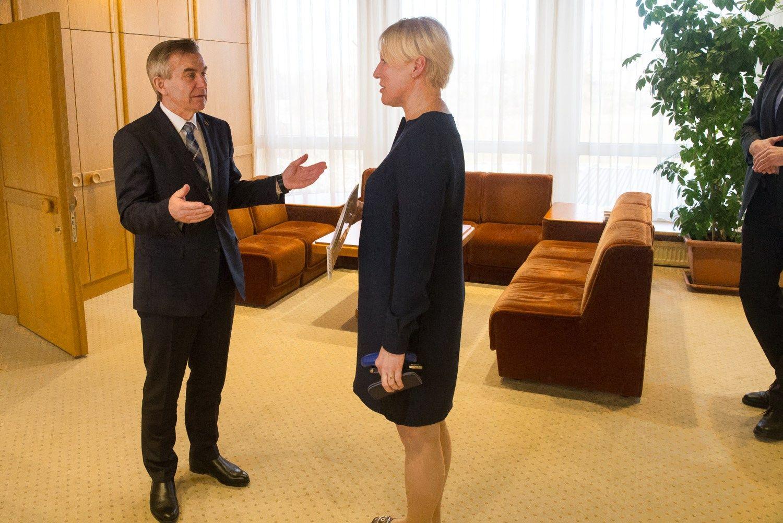 """""""Lietuvos pašto"""" reforma bus, bet vyks lėtai"""