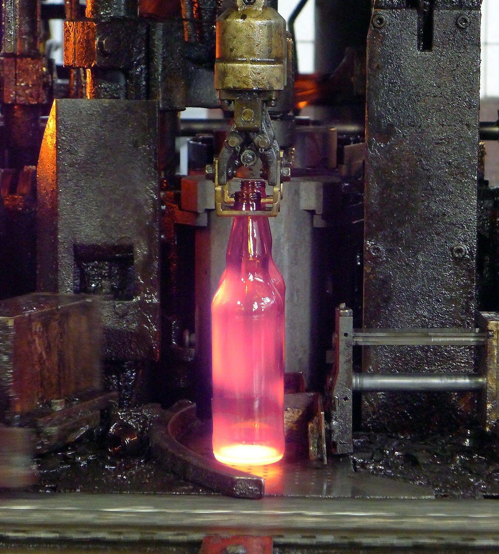 Dėl Lietuvoje gimstančios trečios stiklo įmonės – daug klausimų