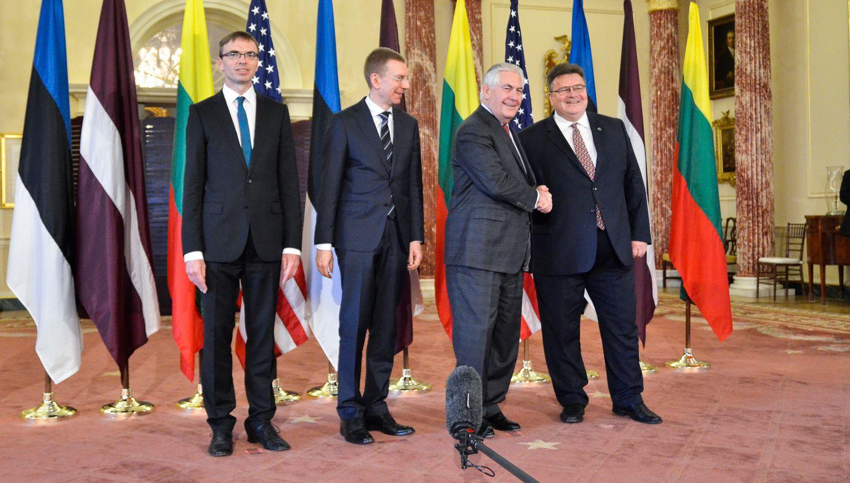 JAV valstybės sekretorius Baltijos šalių ministrus patikino saugumo užtikrinimu