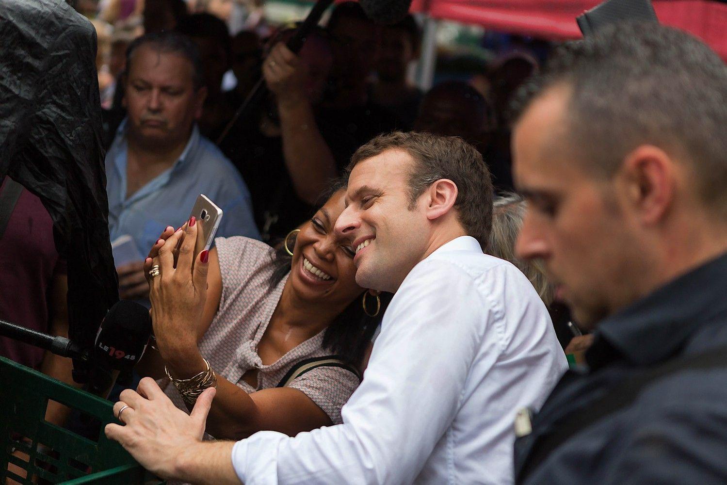 Dar viena apklausa žada pergalę Macronui