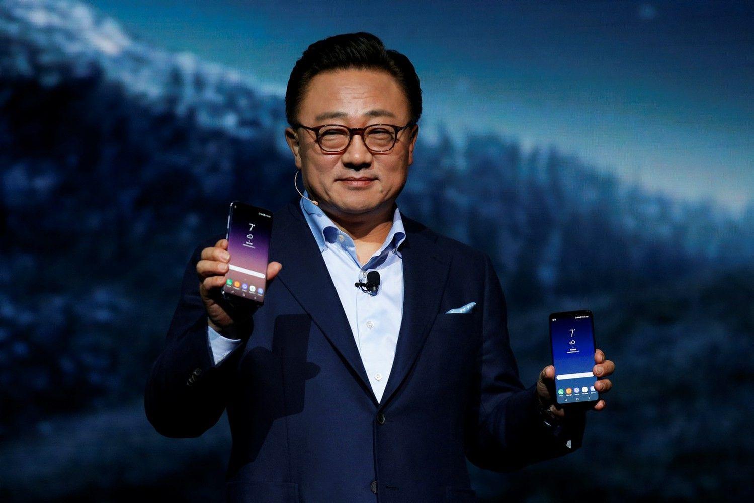 """Susipažinkite: """"Galaxy S8"""" ir """"Bixby"""""""
