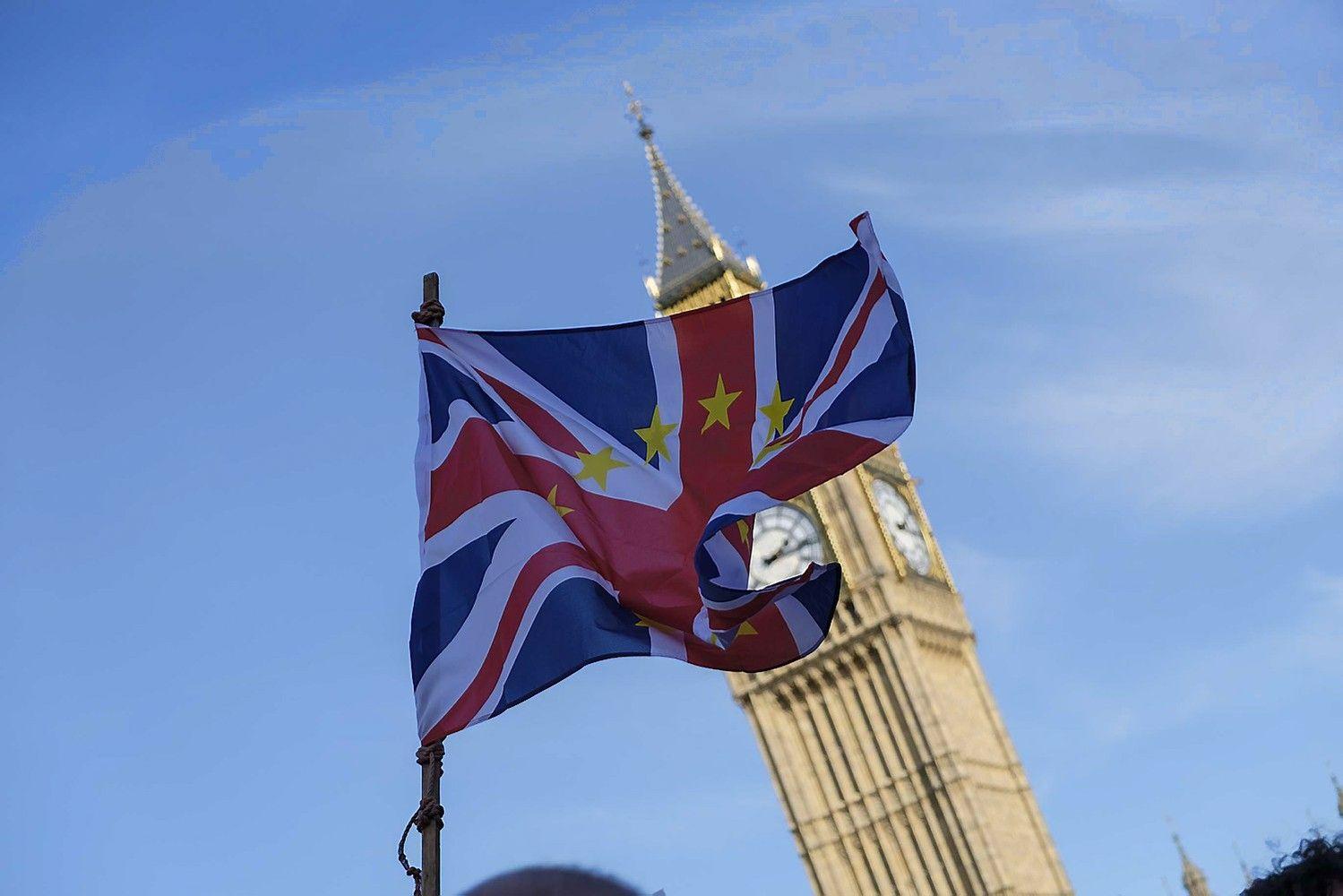 Dešimtadalis Vokietijos investuotojų svarsto kraustytis iš JK į ES