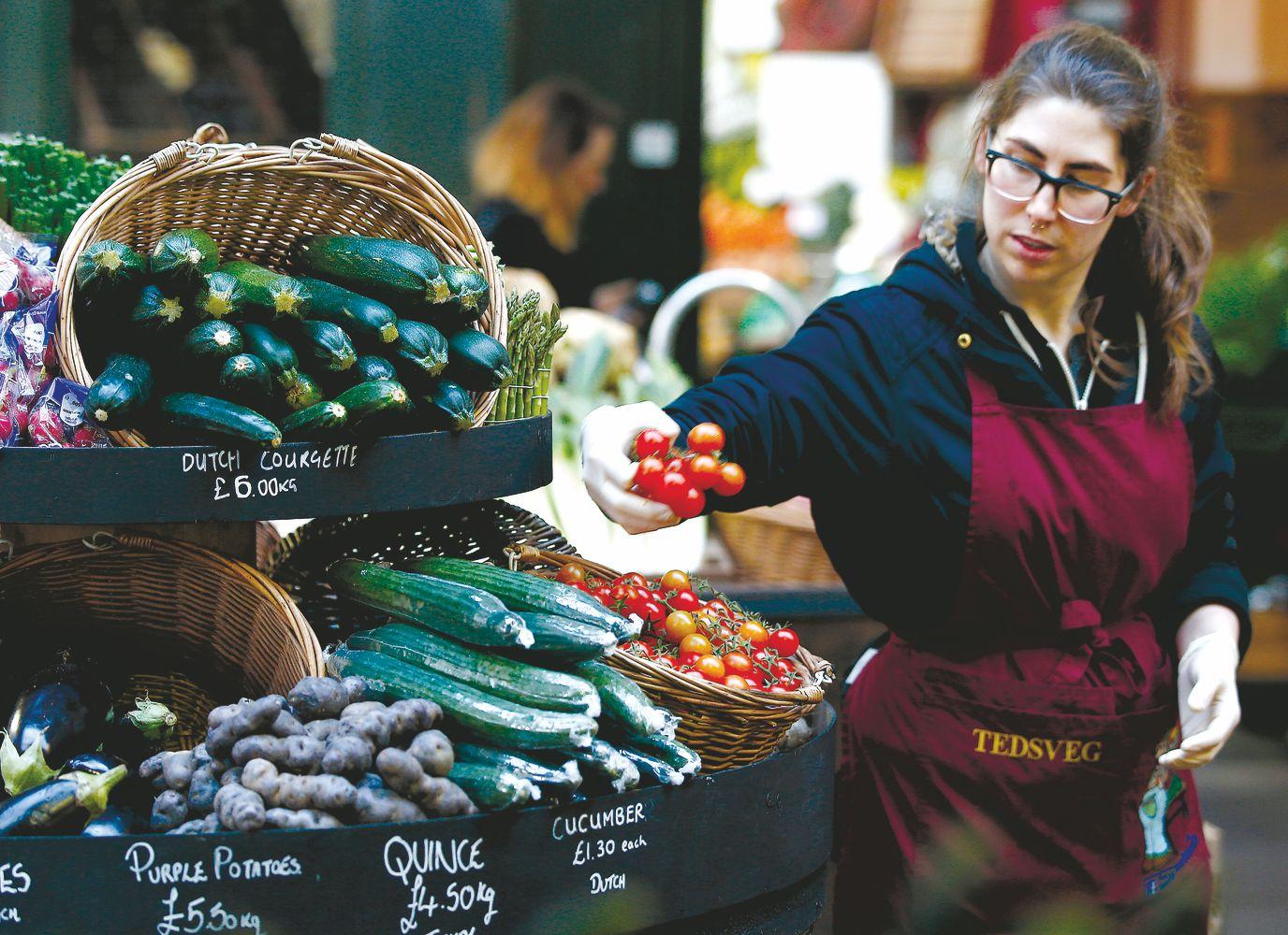 Daržovių krizė baigėsi, bet kainas prognozuoti sunku