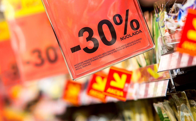 """""""Maximos"""" atvejis: tarp klaidinančios reklamos ir kainų palyginimo"""