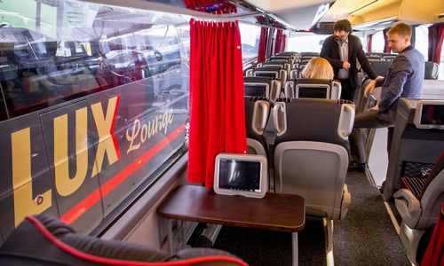 """Lux Express""vilioja verslo klientus – perka naujus autobusus"