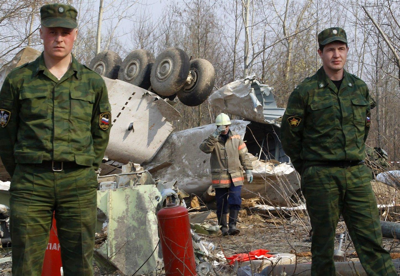 Lenkija apkaltino Rusijos oro dispečerius dėl Smolensko katastrofos