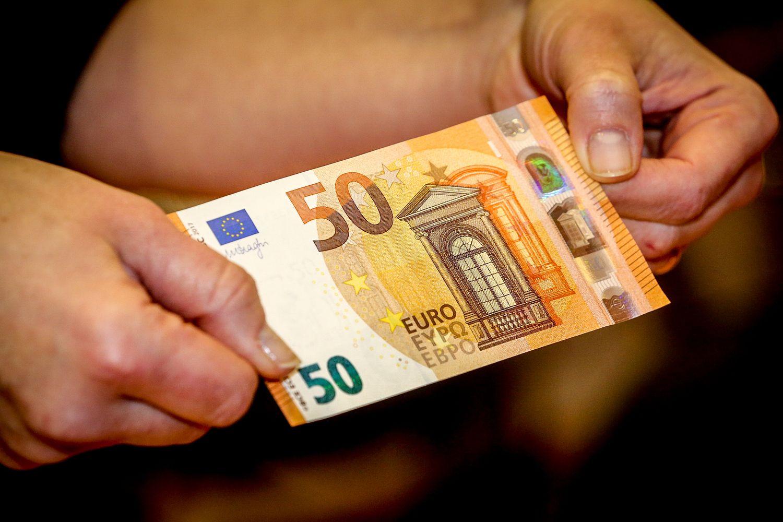 Pristatytas naujas 50 Eur banknotas