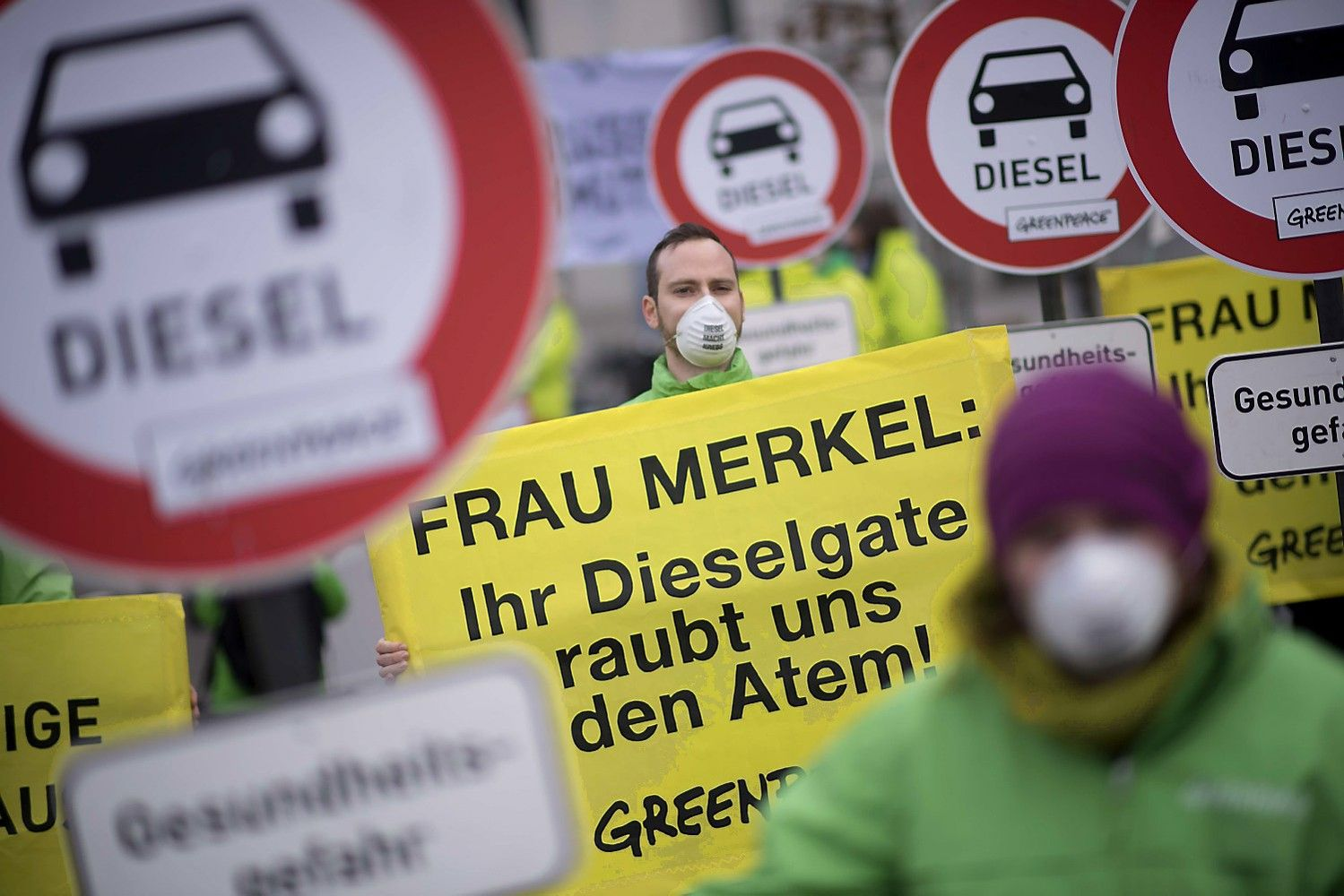 """EP piktinasi, kad po dyzelgeito """"Volkswagen"""" Europoje nesulaukė baudų"""
