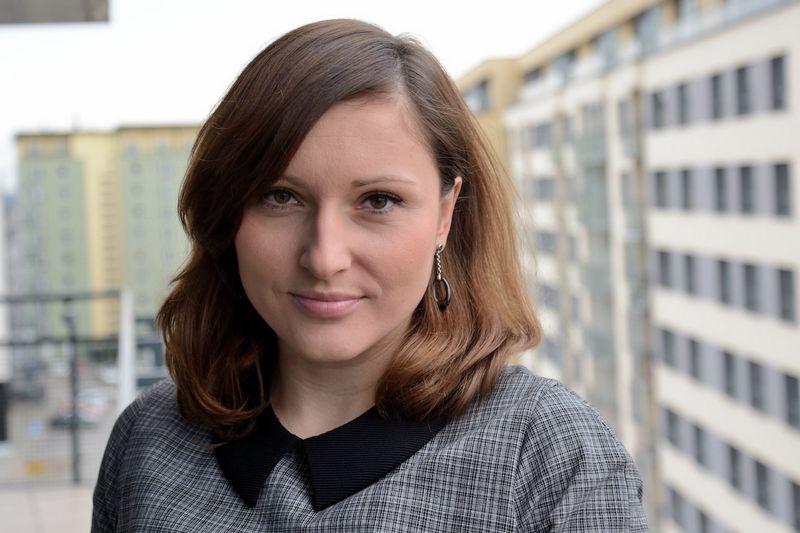 """Advokatė Daina Senapėdienė, advokatų profesinės bendrijos """"CEE Attorneys"""" vadovaujanti partnerė: """"Tapę tarptautinės """"CEE Attorneys"""" komandos nariais, nuolat augame – vien per praėjusius metus mūsų kolektyvą Vilniuje papildė keturi patyrę teisininkai""""."""